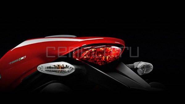 2014 Ducati Monster 796 Corse Stripe5
