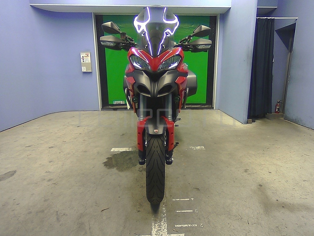Ducati Multistrada 1200 S GRANTURISMO (1)