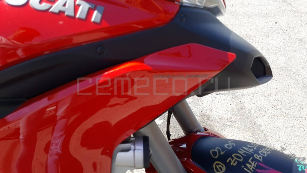 Ducati Multistrada 1200S GT (9)