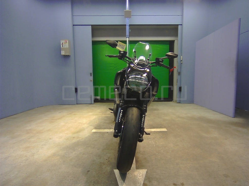 Ducati Diavel Black (1)