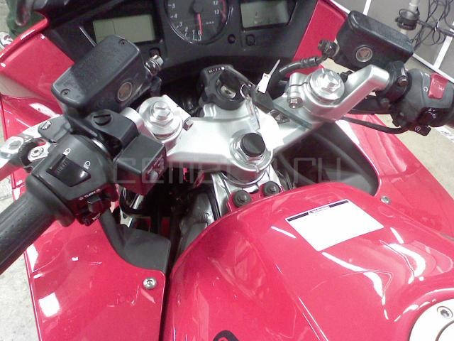 Honda VFR 800 (3)