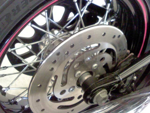 Harley-Davidson FLSTSB Softail Cross Bones (11)