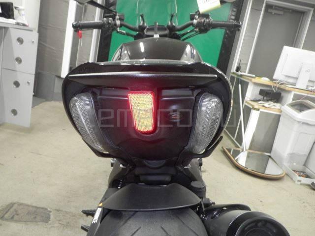 Ducati Diavel Black (25)