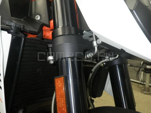 KTM 990 Super Duke R (14)