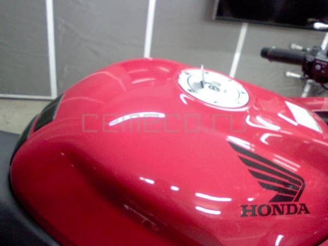 Honda VFR 800 (6)