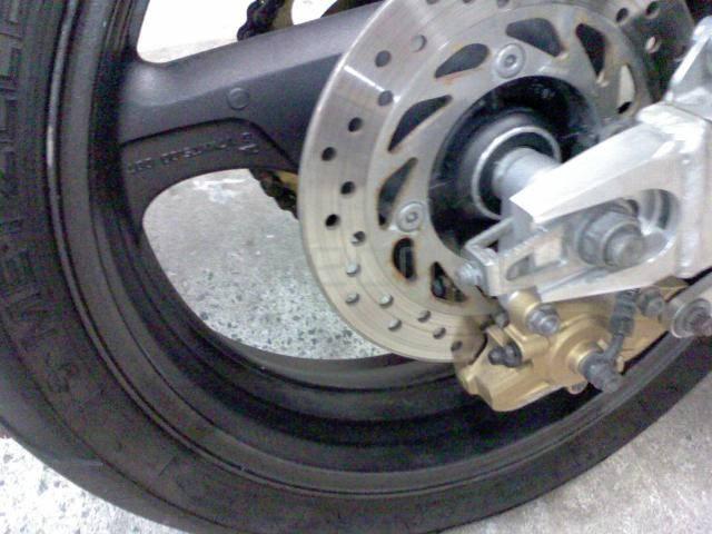 Honda CB400SFV (11)