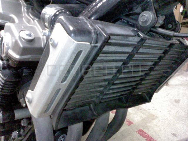 Honda CB400SFV (3)
