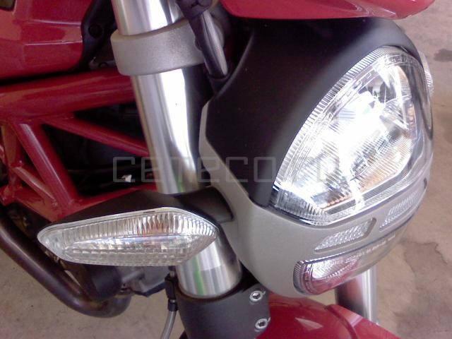 Ducati Monster 796 (7)