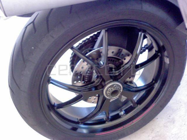 Ducati Monster 796 (6)