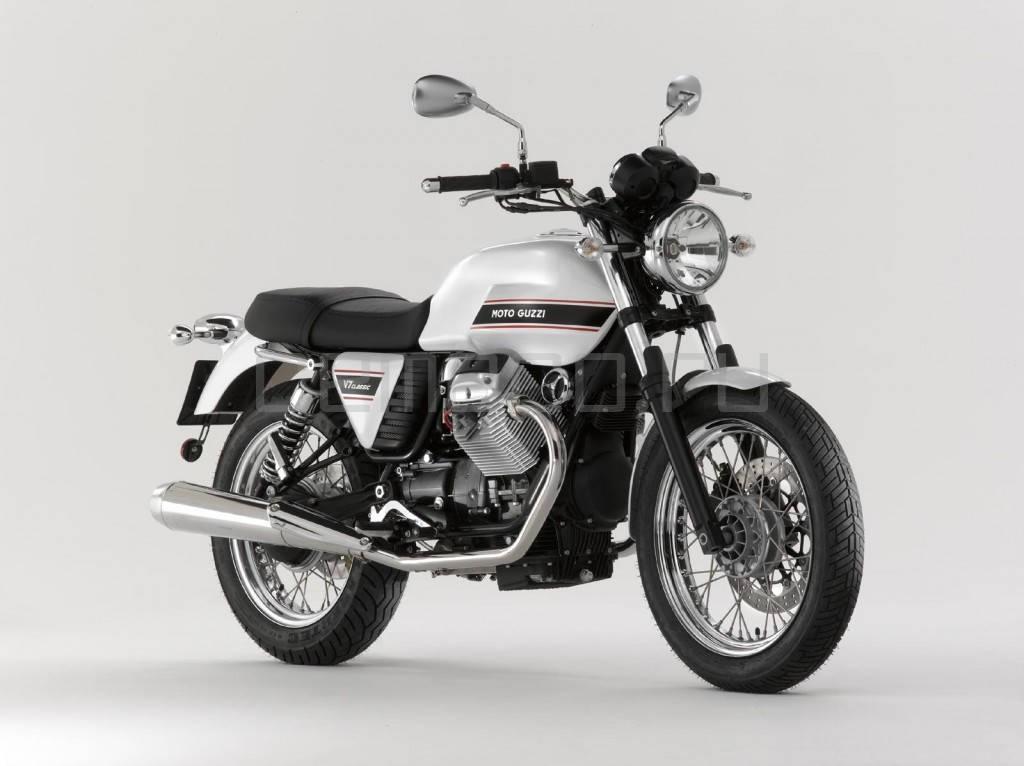 2008-MotoGuzzi-V7(2)