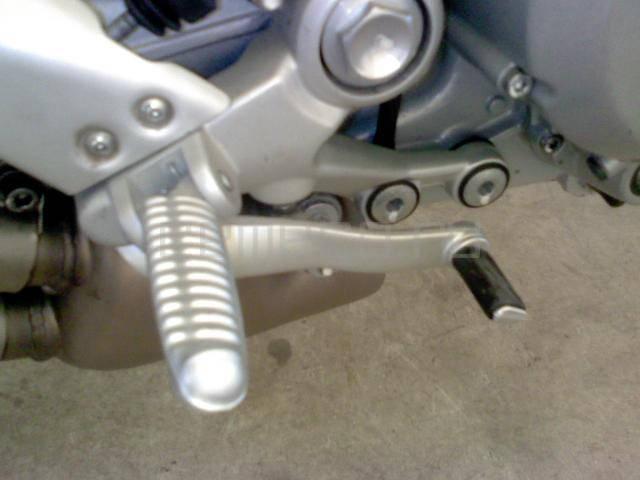 Ducati-Monster-S2R800-2006 (28)