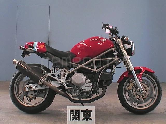 Ducati M900 Monster (1)