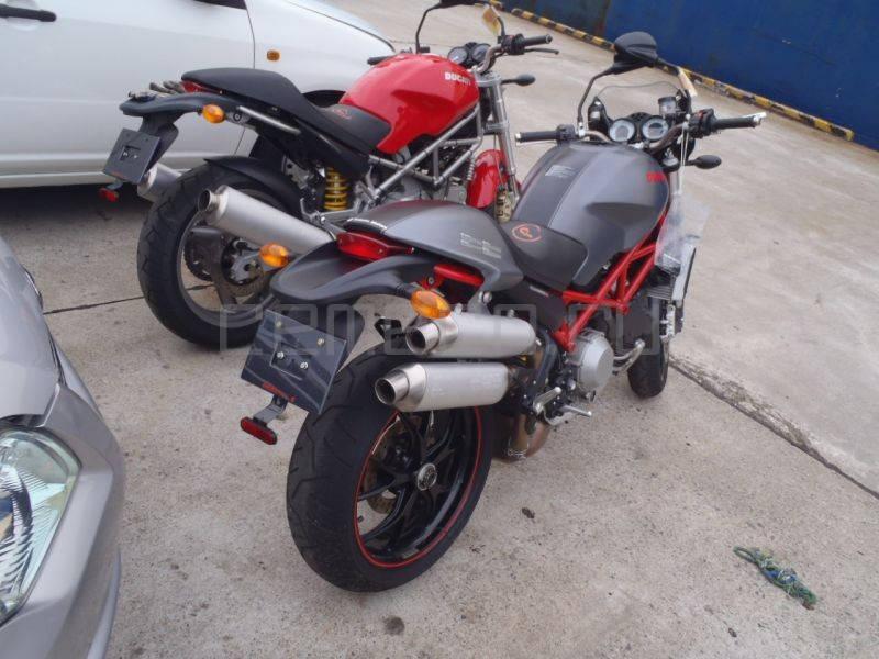 Ducati-S4RS-Testastretta (6)