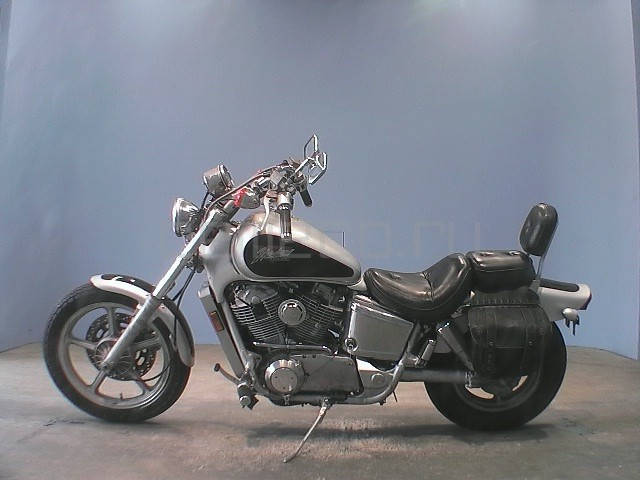 Honda Shadow 1100 (8)