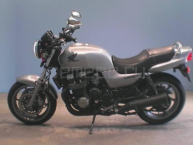 Honda CB 750 (8)