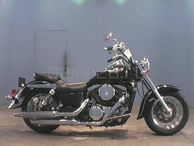Kawasaki VULCAN 1500 (1)