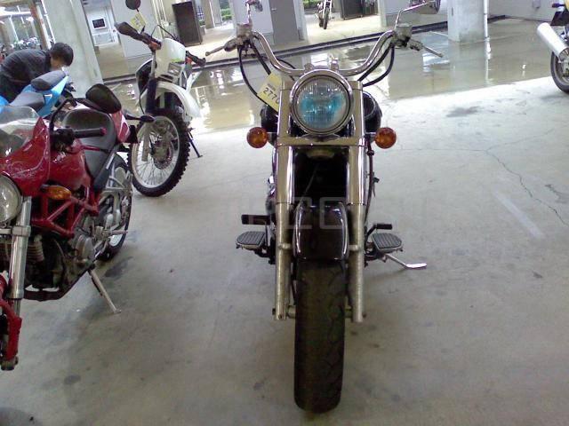 Kawasaki VULCAN 1500 (5)