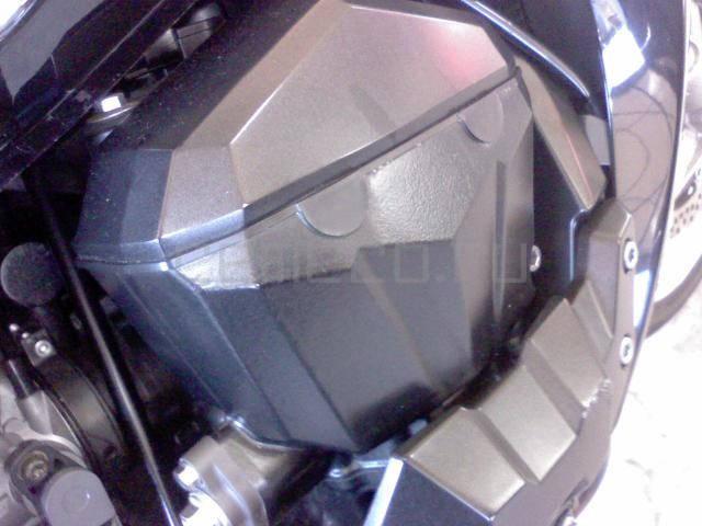 Kawasaki Z 1000 (2)