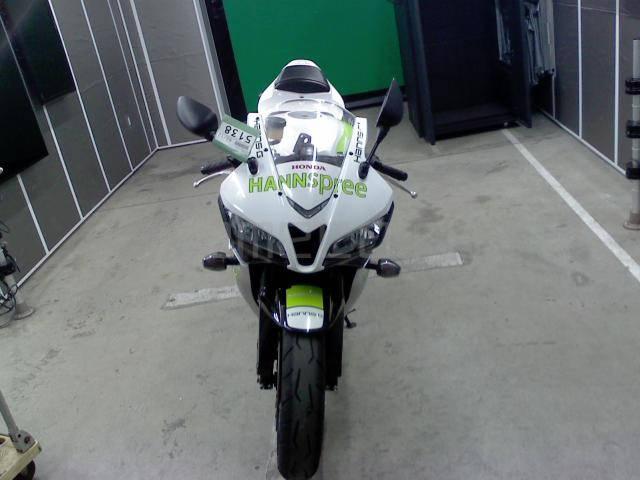 Honda CBR 600RR (3)
