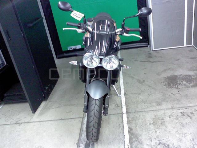 Мотоцикл Triumph Street Triple R (4)
