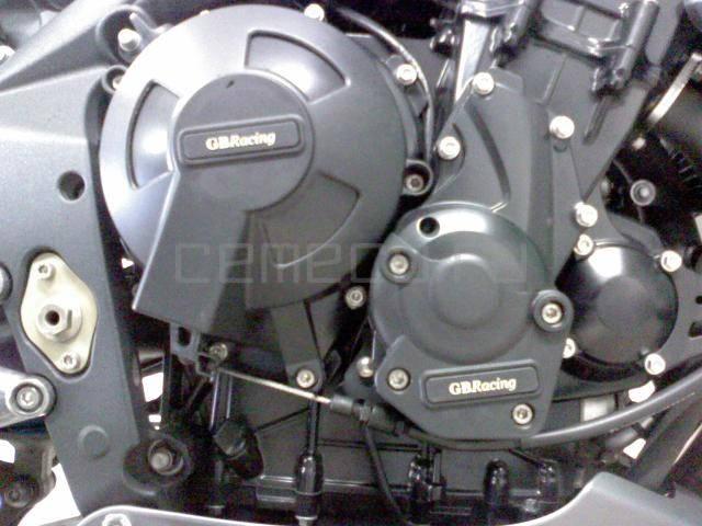 Мотоцикл Triumph Street Triple R (5)