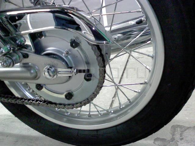 Yamaha SR 400 (15)