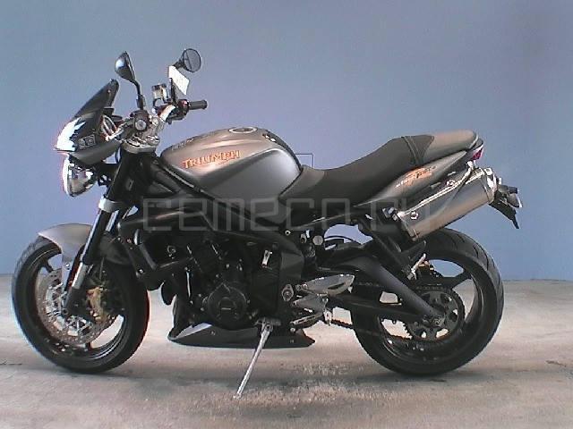 Мотоцикл Triumph Street Triple R (2)