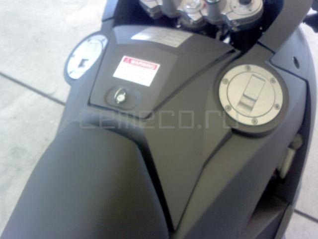 KTM 990 Adventure (14)