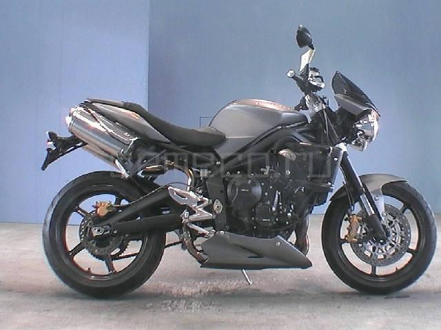 Мотоцикл Triumph Street Triple R (1)