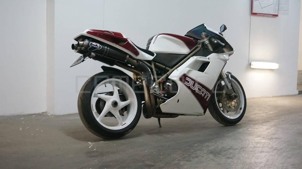 Ducati 996 SPS (2)
