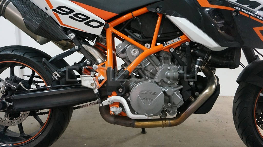 KTM SuperMoto 990 R (12)