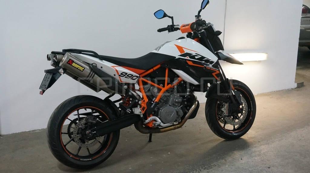 KTM SuperMoto 990 R (2)