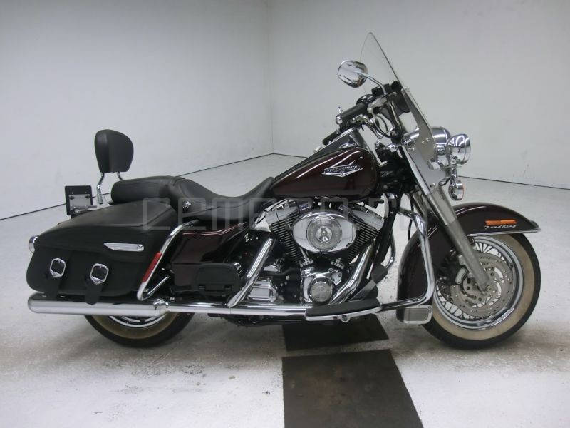 Harley Davidson FLHRC Road King classic (3)