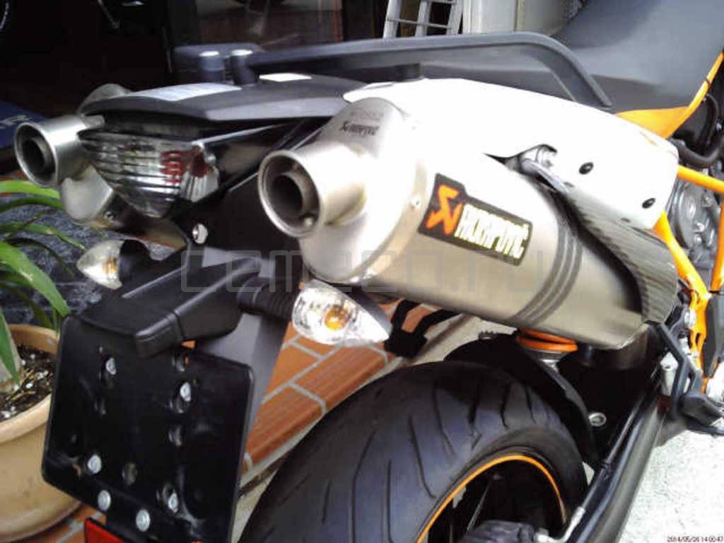 Ktm 990 SuperMoto R (2)