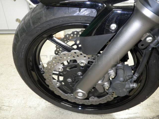 Мотоцикл Kawasaki ER-6N (13)
