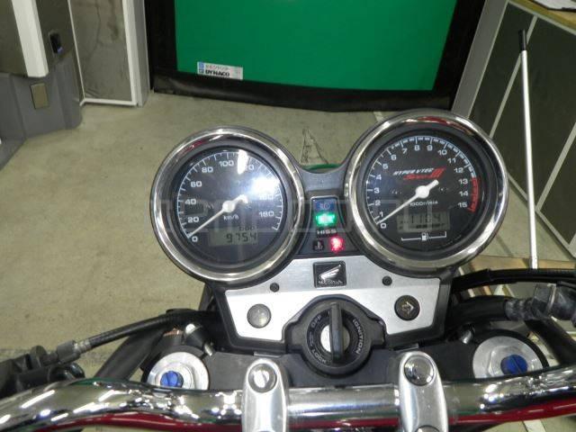 Honda CB400 SF Vtec-3 (24)
