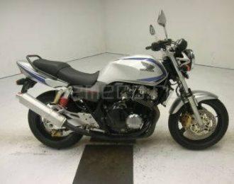 Honda CB400 Super Four Vtec 2