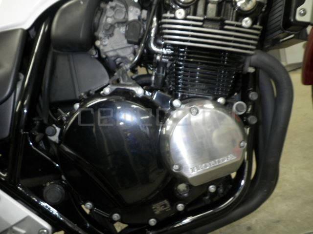 Honda CB400 SF Vtec-3 (10)