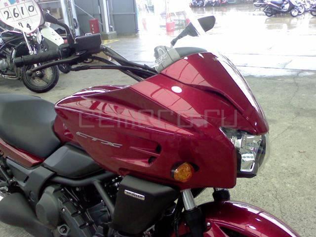 Honda CTX700 (16)