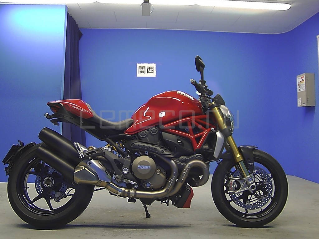 Ducati Monster 1200 S (2)