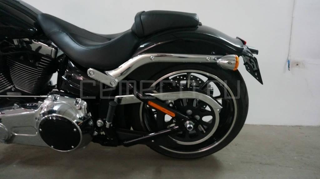 Harley-Davidson FXSB Softail Breakout (15)