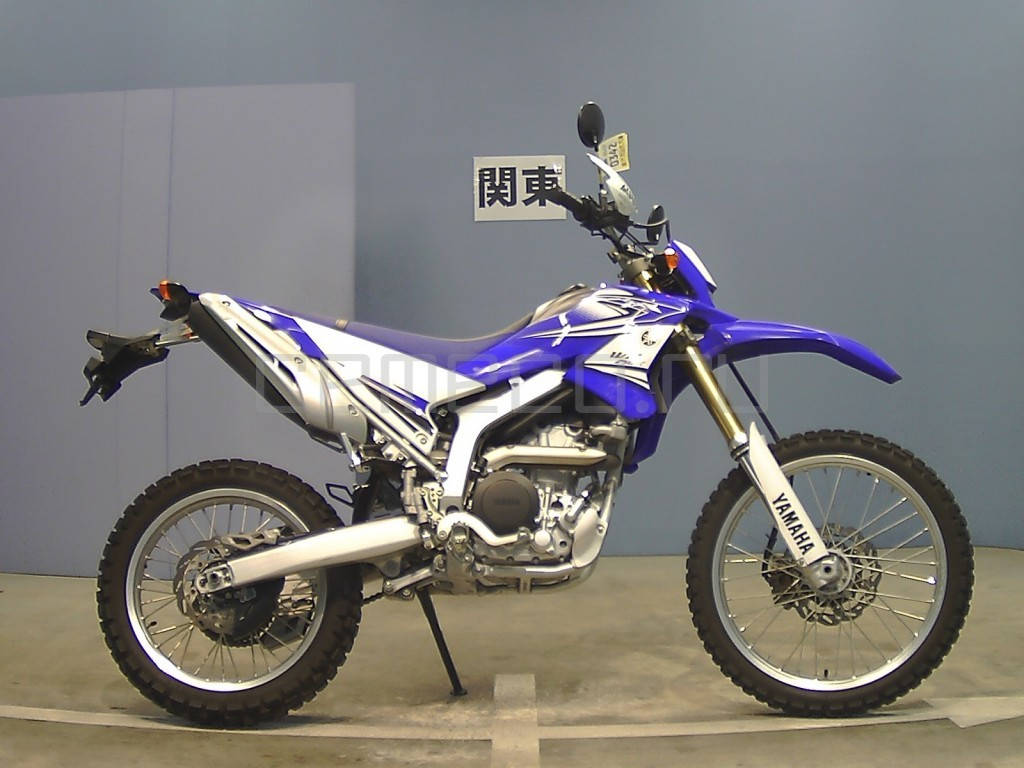 Мотоцикл Yamaha WR250R (1)