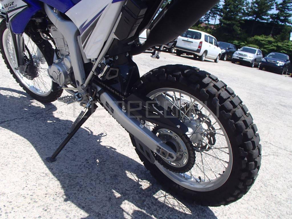 Мотоцикл Yamaha WR250R (22)