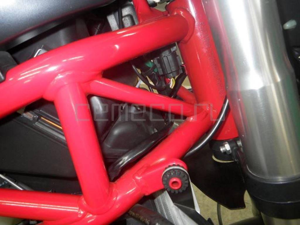 Ducati Monster S4R TESTASTRETTA (28)