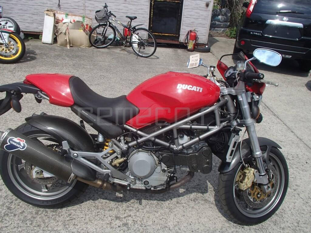 Отзыв: Антон — Ducati Monster S4 2001