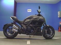 Ducati Diavel Carbon 2016 (1)