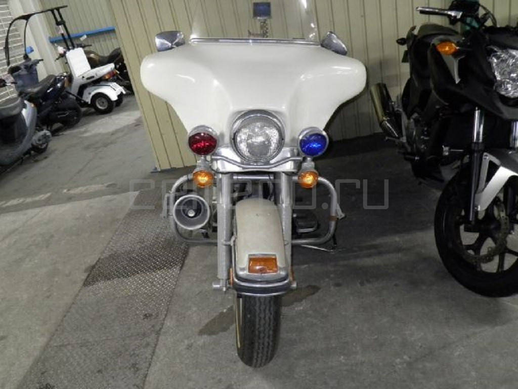 Harley-Davidson FLHTP Electra Glide Police (1)