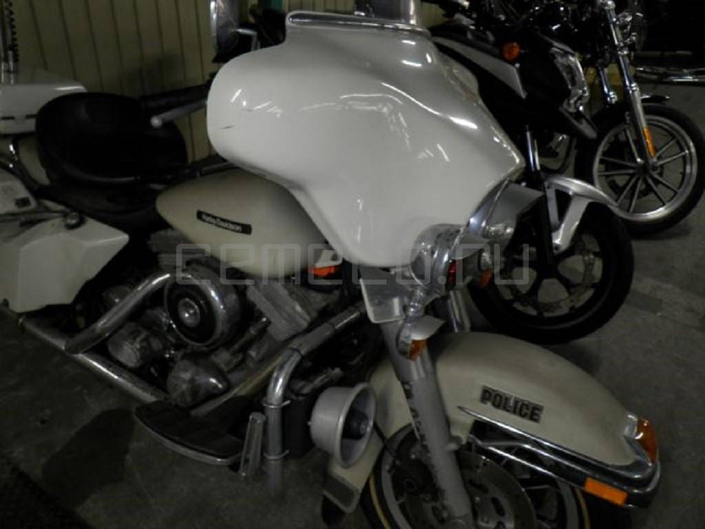 Harley-Davidson FLHTP Electra Glide Police (3)