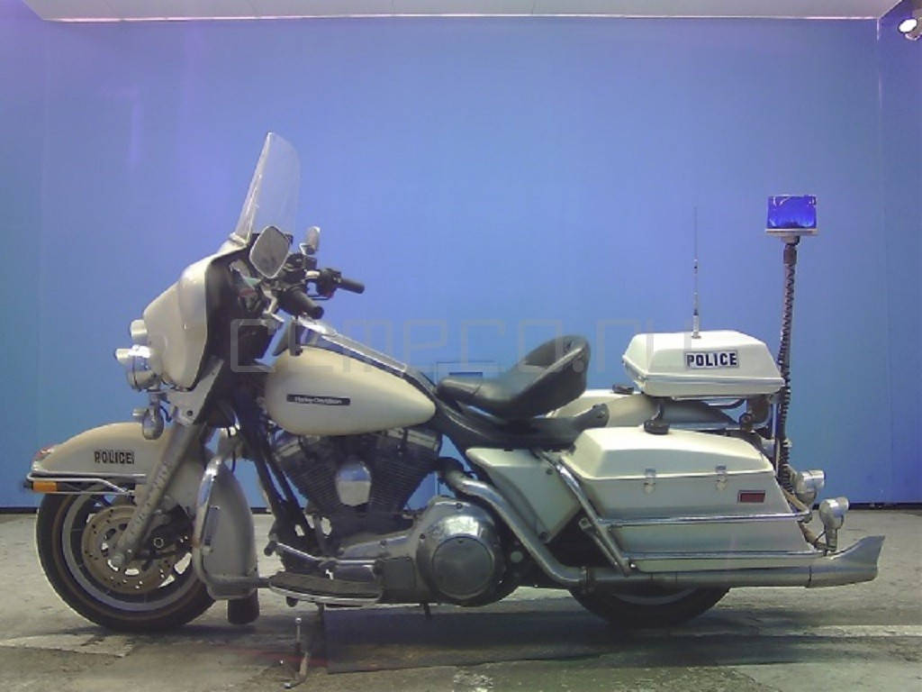 Harley-Davidson FLHTP Electra Glide Police (9)