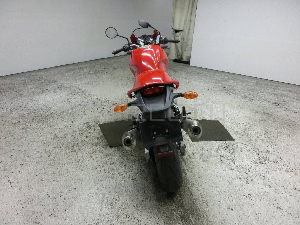 Ducati Monster 800 SIE (4)